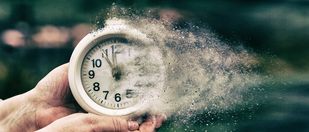Past Lives in a Clairvoyant Reading - The Psychic School